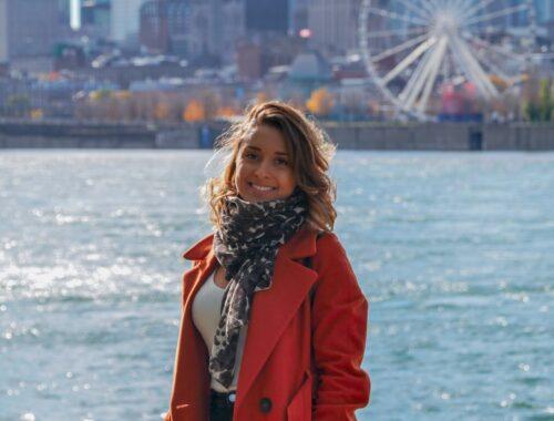 Femme à Montréal